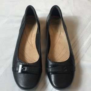 Clarks Collection soft cushion leather flat Sz 9.5
